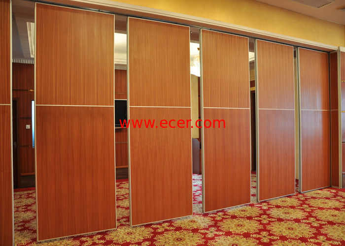 China Red Fireproof Partition Wall Hanging Sliding Door For Exhibition Halls factory