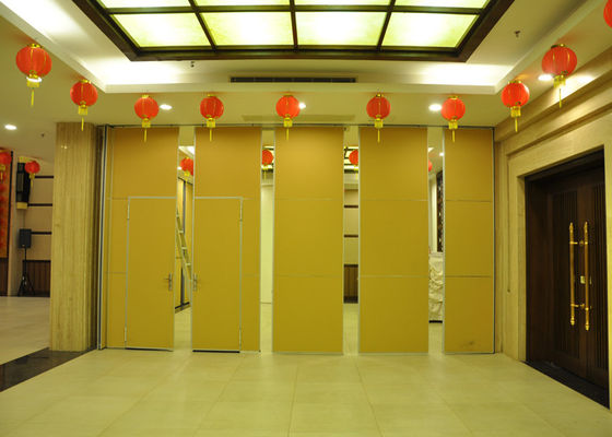 China Training Room Folding Partition  Aluminum Sliding Doors 65mm Panel distributor