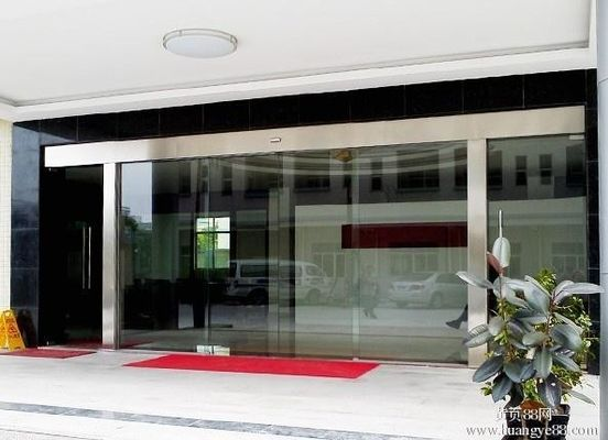 China Silver Sliding Entrance Door / Automatic Storefront Doors With Touch Switch distributor