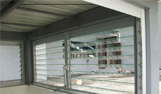 China Horizontal Jalousie Window Glass Replacement / Waterproof Blinds For Bathrooms distributor